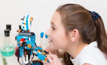 Robotika a Lego Boost pro holky